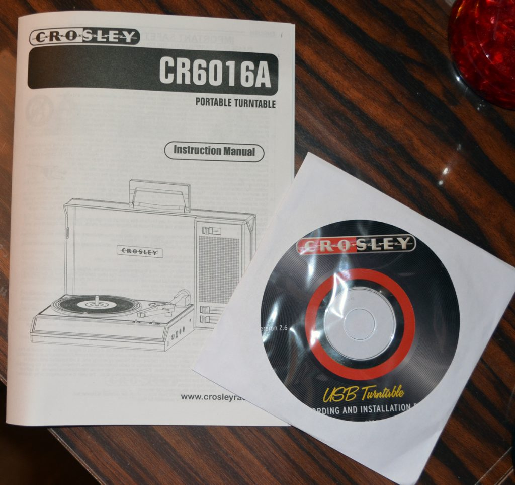 Crosley Spinnerette Usb Portable Turntable Review The Gadgeteer