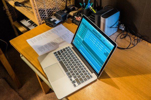 04) Macbook Pro 13r