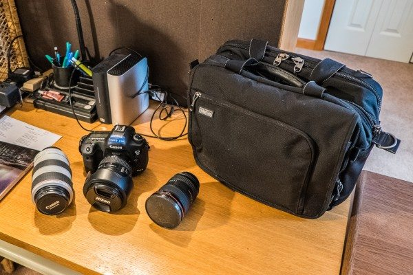 05) Canon Camera Outfit