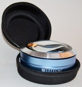 Satechi-ReadMate-LED-Desktop-Magnifier-6