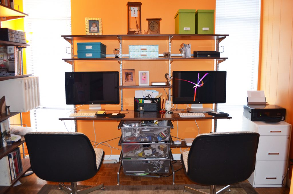 Gadgeteer show us your desk series janet - Organize computer desk ...
