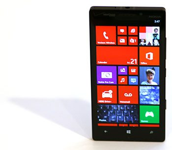 Nokia Lumia 'Icon' Appears by Impersonating Another