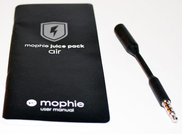 mophie-juice-pack-air-iphone-5-2