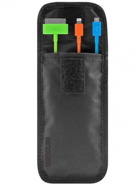 incase-travel-cables-lighning