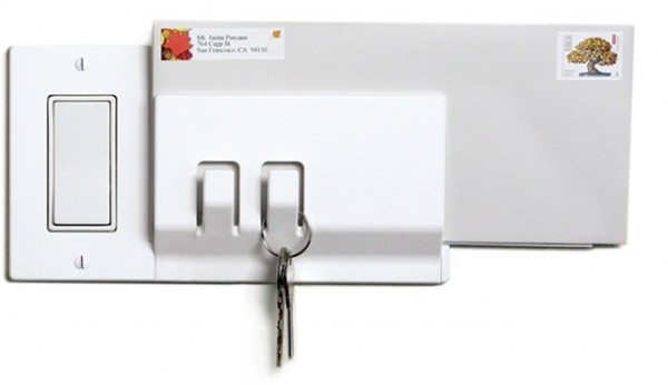 Walhub_wall_hook_switchplate_Keeper