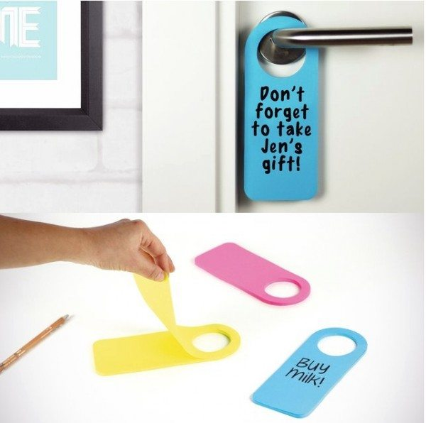 hook-it-sticky-notes-door-hanger