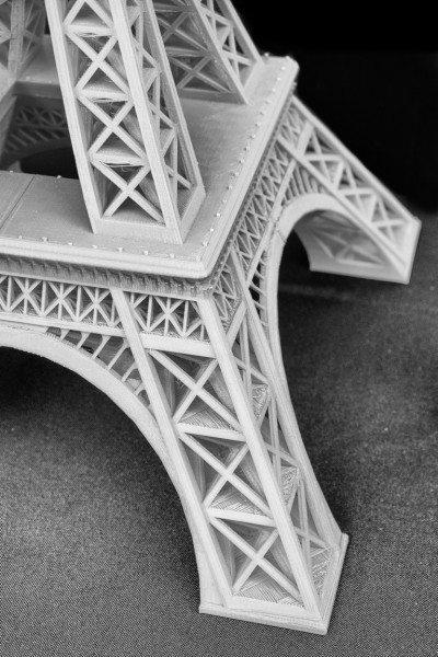 1409020 Eiffel Model