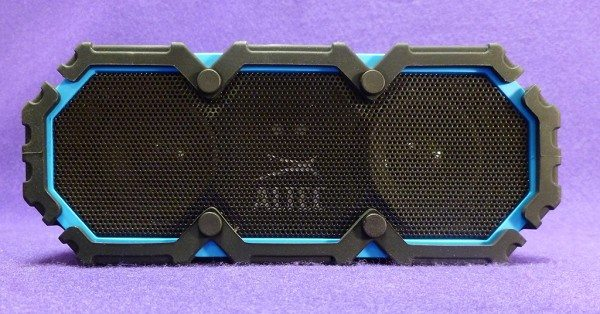 Altec_Lansing_Lifejacket_2