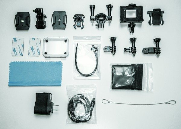 Various accessories and mounts included with the SJ4000.