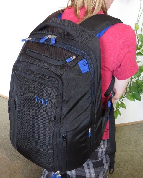tylt-backpack-4