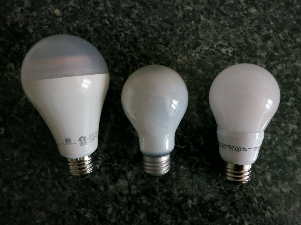 OSRAM SYLVANIA ULTRA LED bulb review:One plus is that, with a lower wattage, LED bulbs do not emit as much heat  as incandescent bulbs. This can be a great thing on a hot summer evening.,Lighting