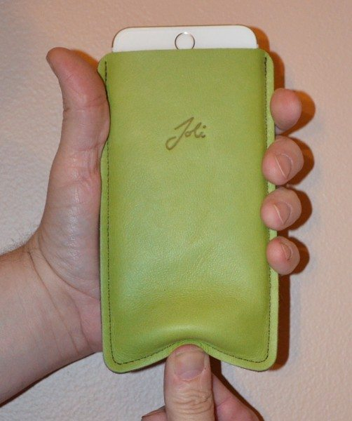 joli-iphone-6-plug-case-6