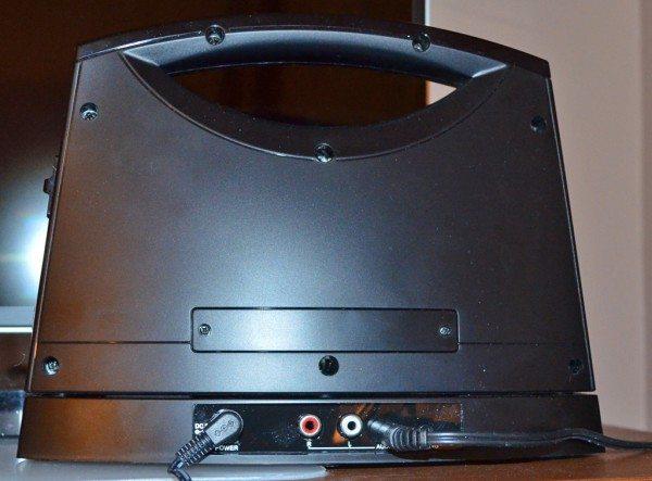 serene-innovations-portable-wireless-soundbox-3