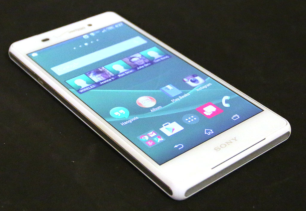 sony xperia z3v review the gadgeteer. Black Bedroom Furniture Sets. Home Design Ideas