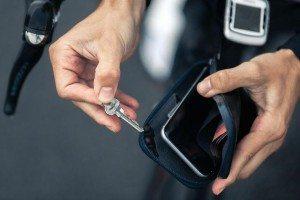 bellroy-phonepocket