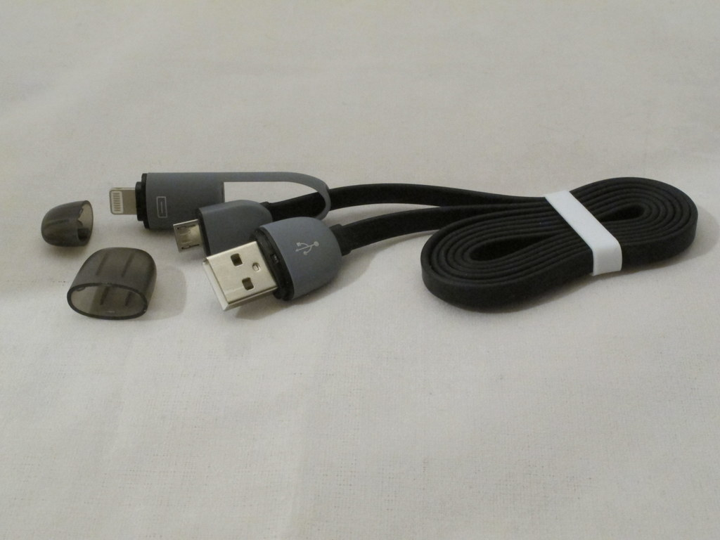 iDroid 2-in-1 Lightning + Micro USB Cable review – The Gadgeteer
