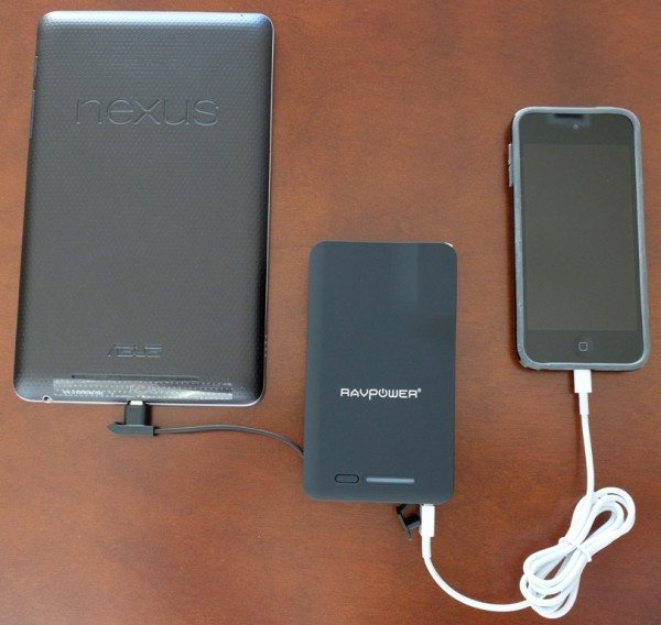 RAVPower-Savior-9000mAh-Battery-6