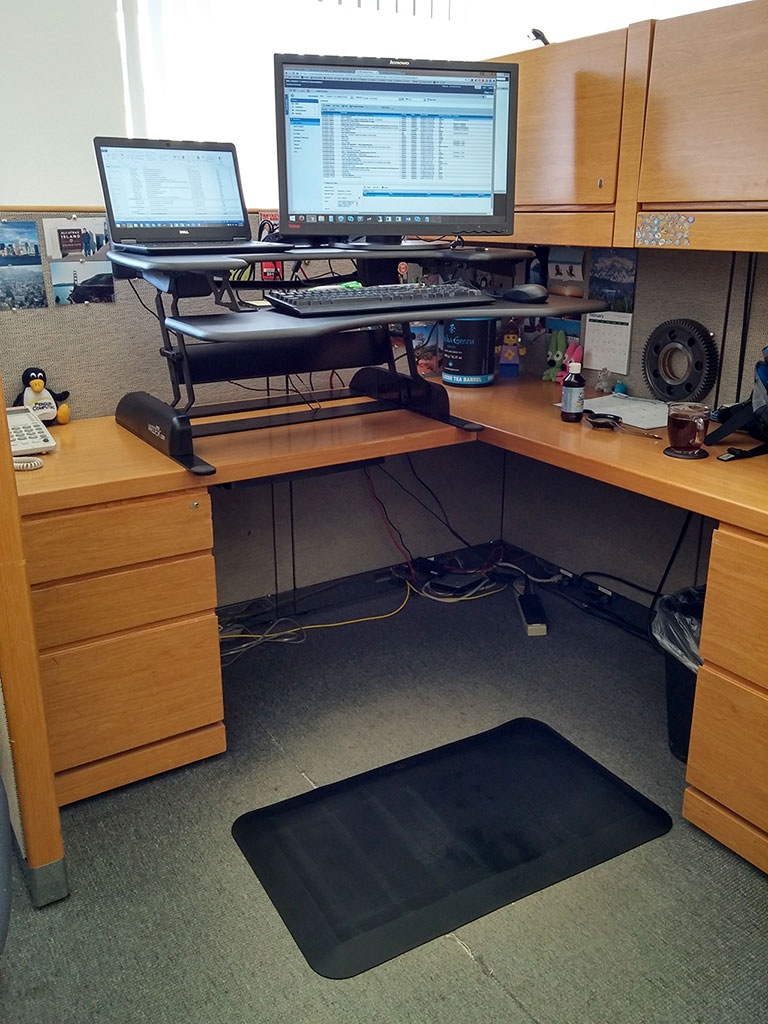 Varidesk Pro Plus Standing Desk Review The Gadgeteer
