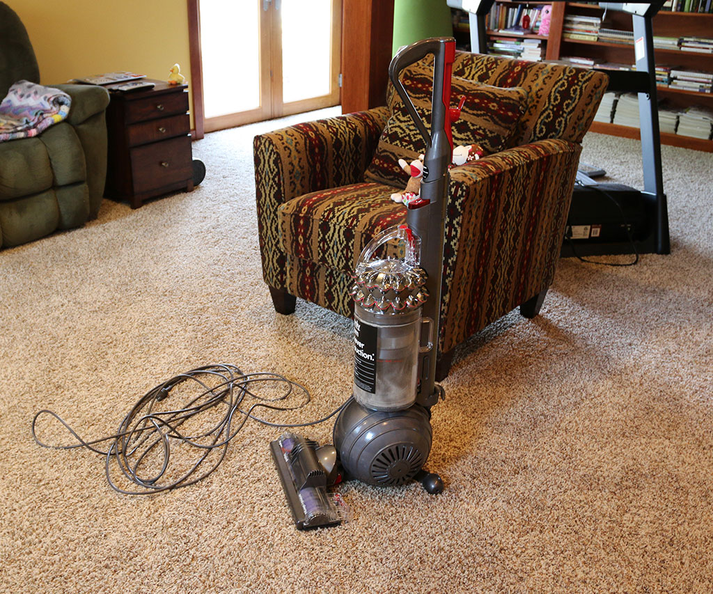Dyson cinetic big ball animal allergy vacuum review the gadgeteer dyson cinetic bigball 19 dailygadgetfo Image collections