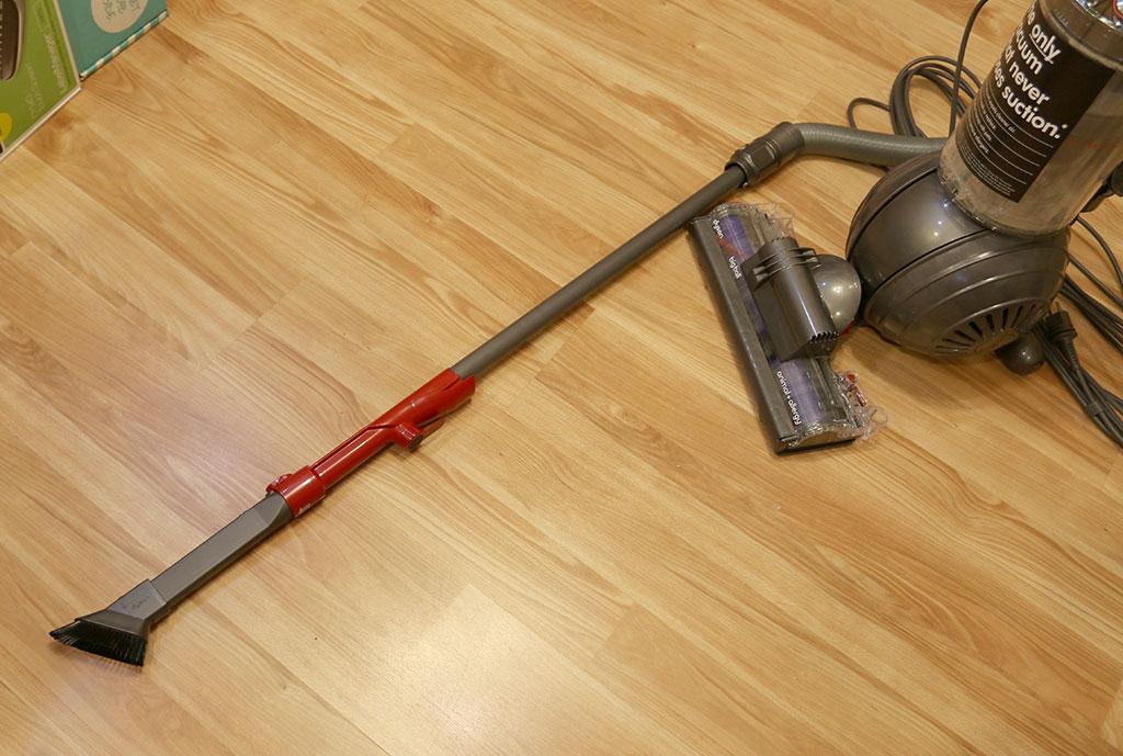 Best dyson vacuum for hardwood floors vacuum wood floors for Wood floor vacuum cleaner