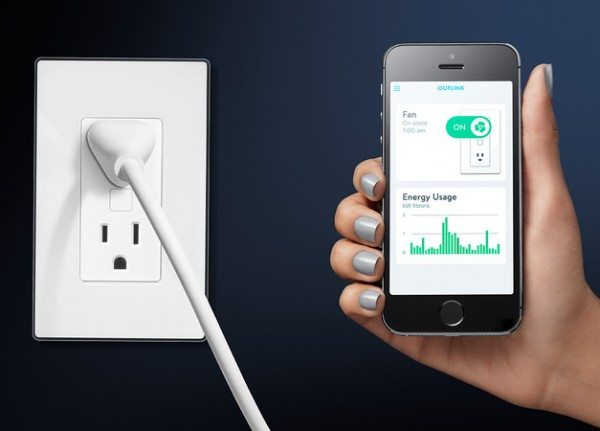 outlink-energy-monitoring-outlet