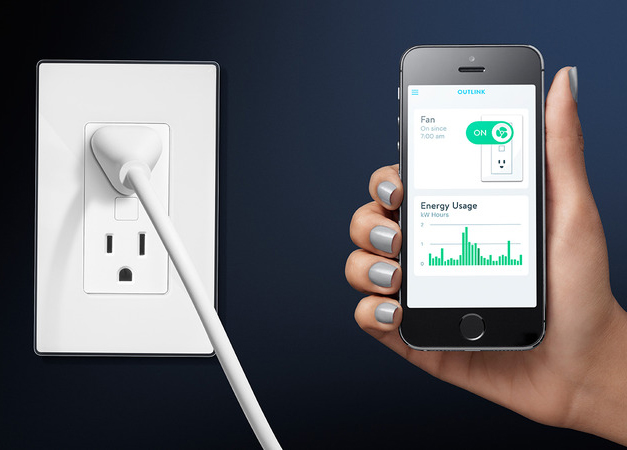 Energy Use Monitor : Monitor your energy usage without having to use a special