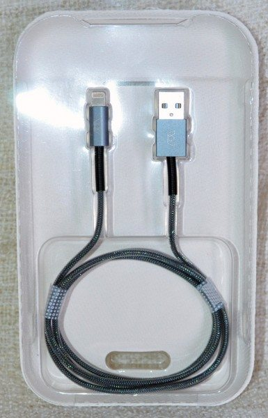 MOS-Spring-Lightning-cable-2