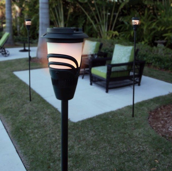 mosquito-repelling-flameless-torch