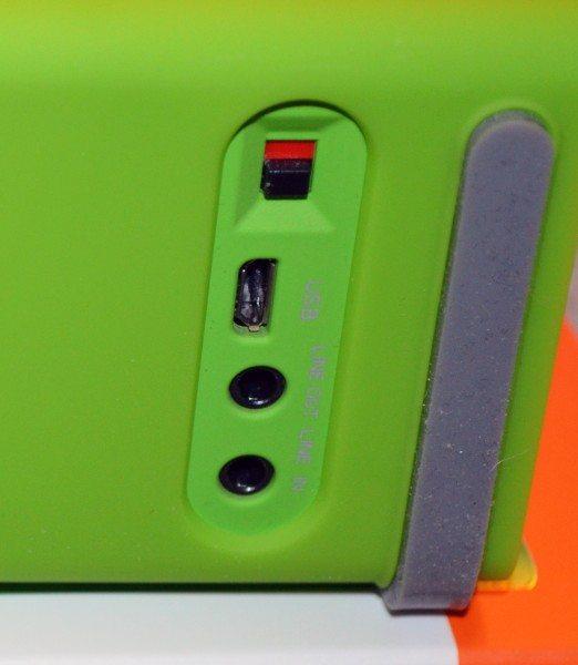 urge-basics-cuatro-bluetooth-speaker-10