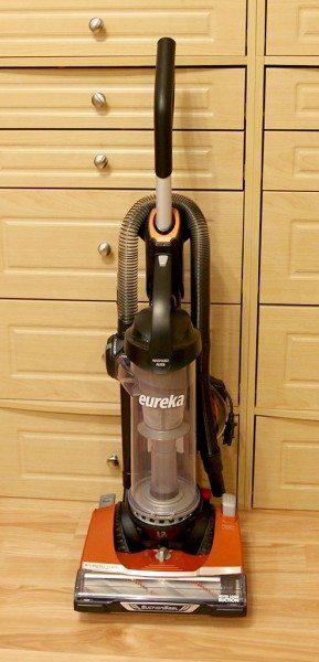 eureka-brushroll-clean-2