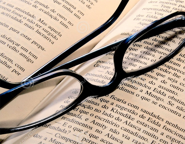 a1d68349bced Are you at an age where you need reading glasses or bifocals in order to  read or see things up close  Do these glasses make you feel older when  you re using ...