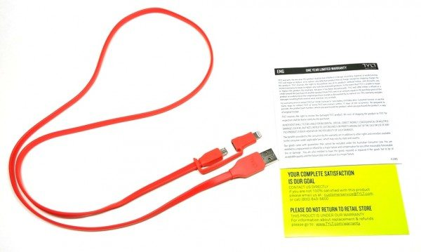 tylt-flyp-duo-reversible-USB-cable-1a