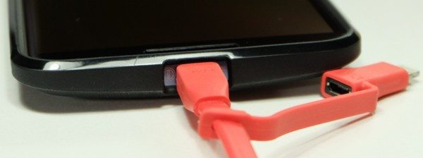 tylt-flyp-duo-reversible-USB-cable-5