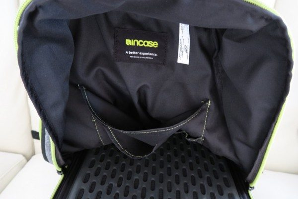 Incase-Reform-Backpack-Review-13