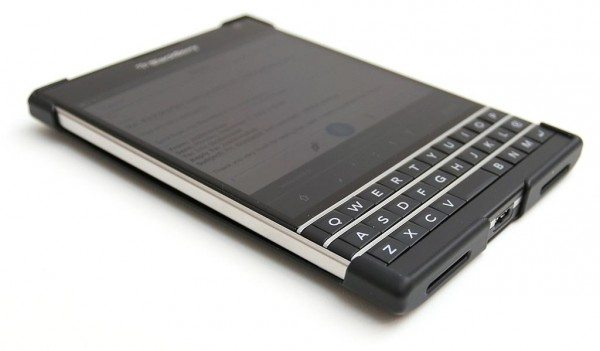 blackberry-passport-4