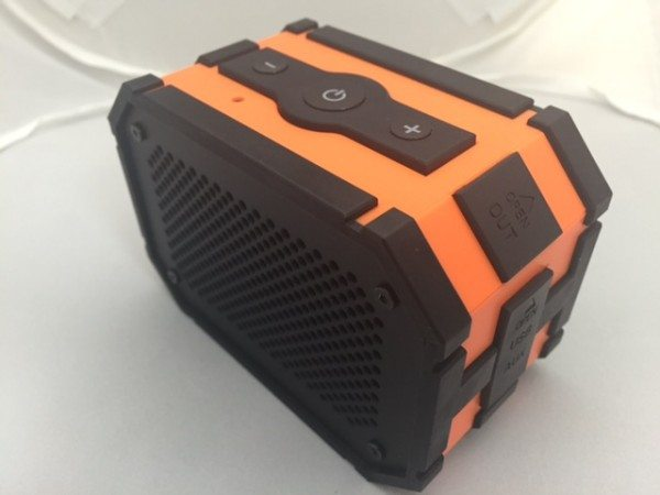 MPOW-Bluetooth-Speaker-2.jpg