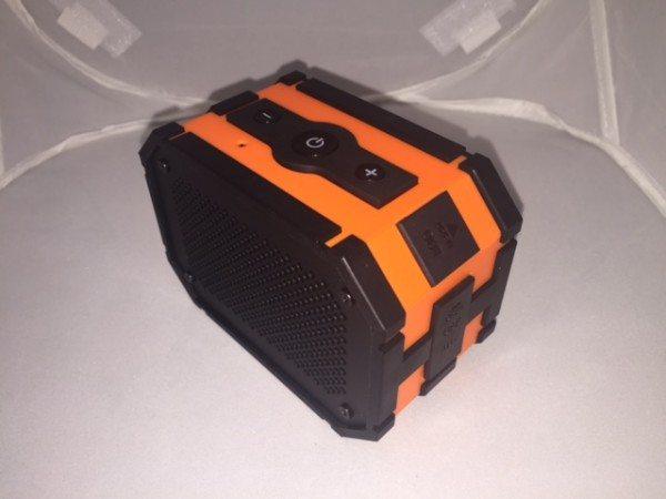 MPOW-Bluetooth-speaker-1.jpg