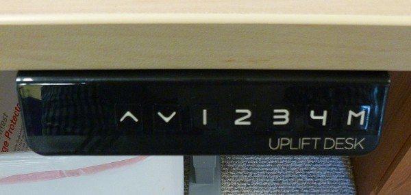 UPLIFT_desk_15