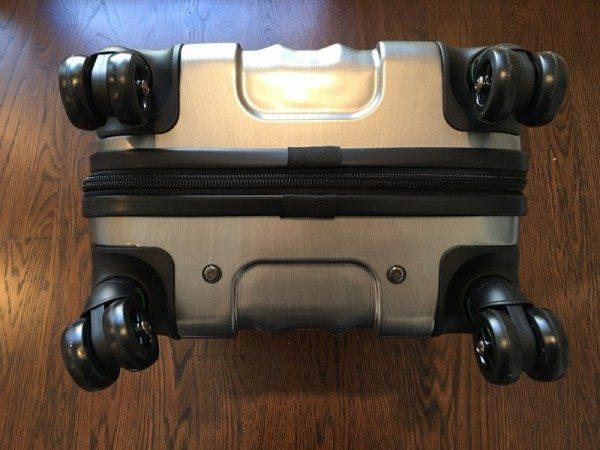 genius pack hardside21-08
