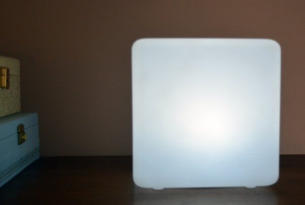 loftek-rechargable-led-light-cube-4