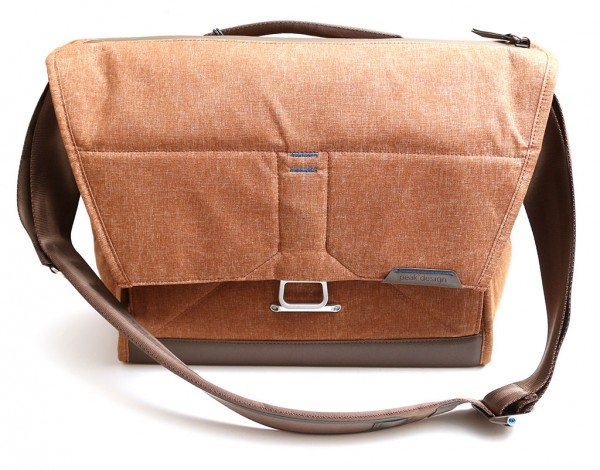 peakdesign-messengerbag-1