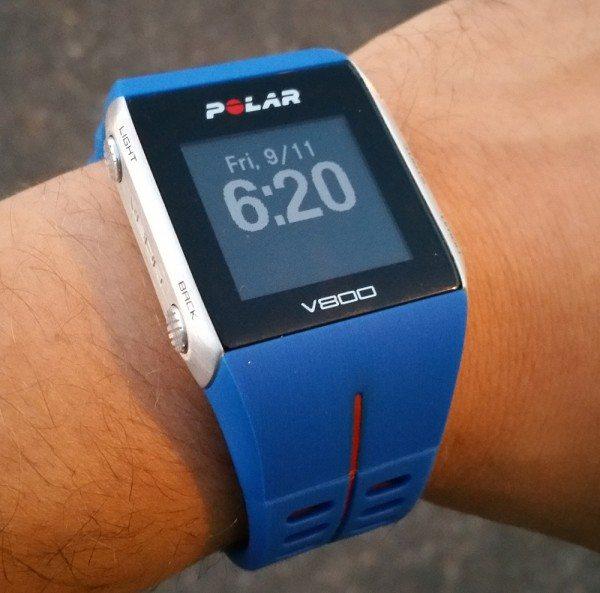 polar_v800-wrist