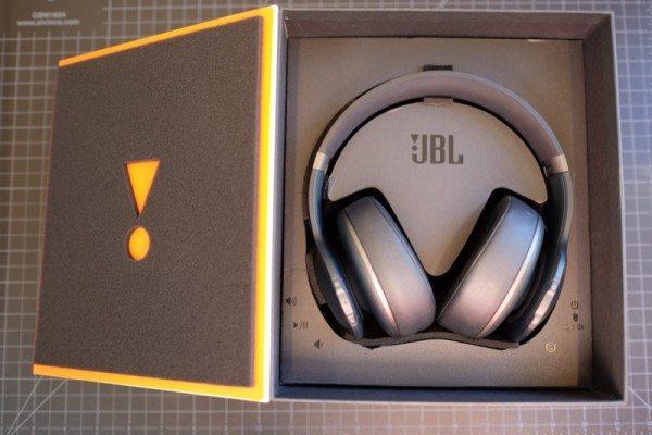 JBL-Everest-Elite-700-02