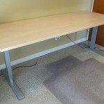 UPLIFT_desk_17