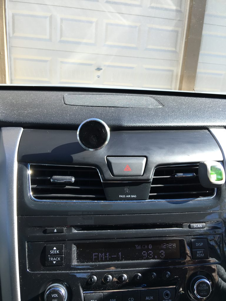 EasyAcc universal magnetic car mount review – The Gadgeteer