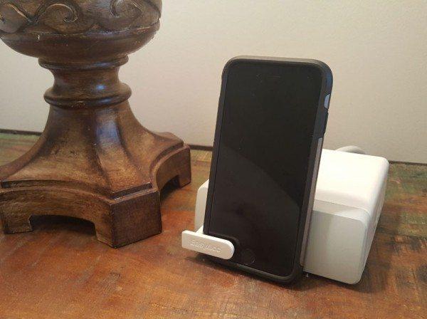 EasyAcc-smart-charger-1