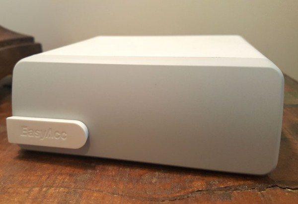 EasyAcc-smart-charger-2