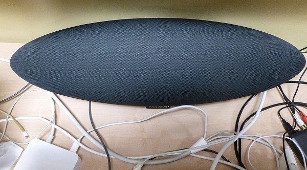 Bowers_Wilkins_Zeppelin_11