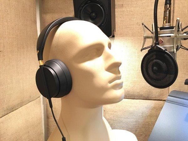 plugged crown headphones-19