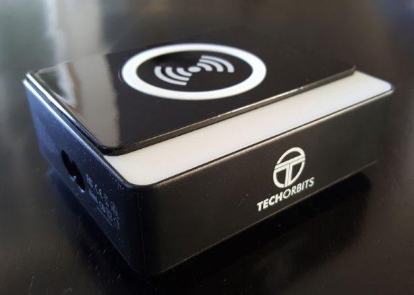 techorbits-wireless-charger-1
